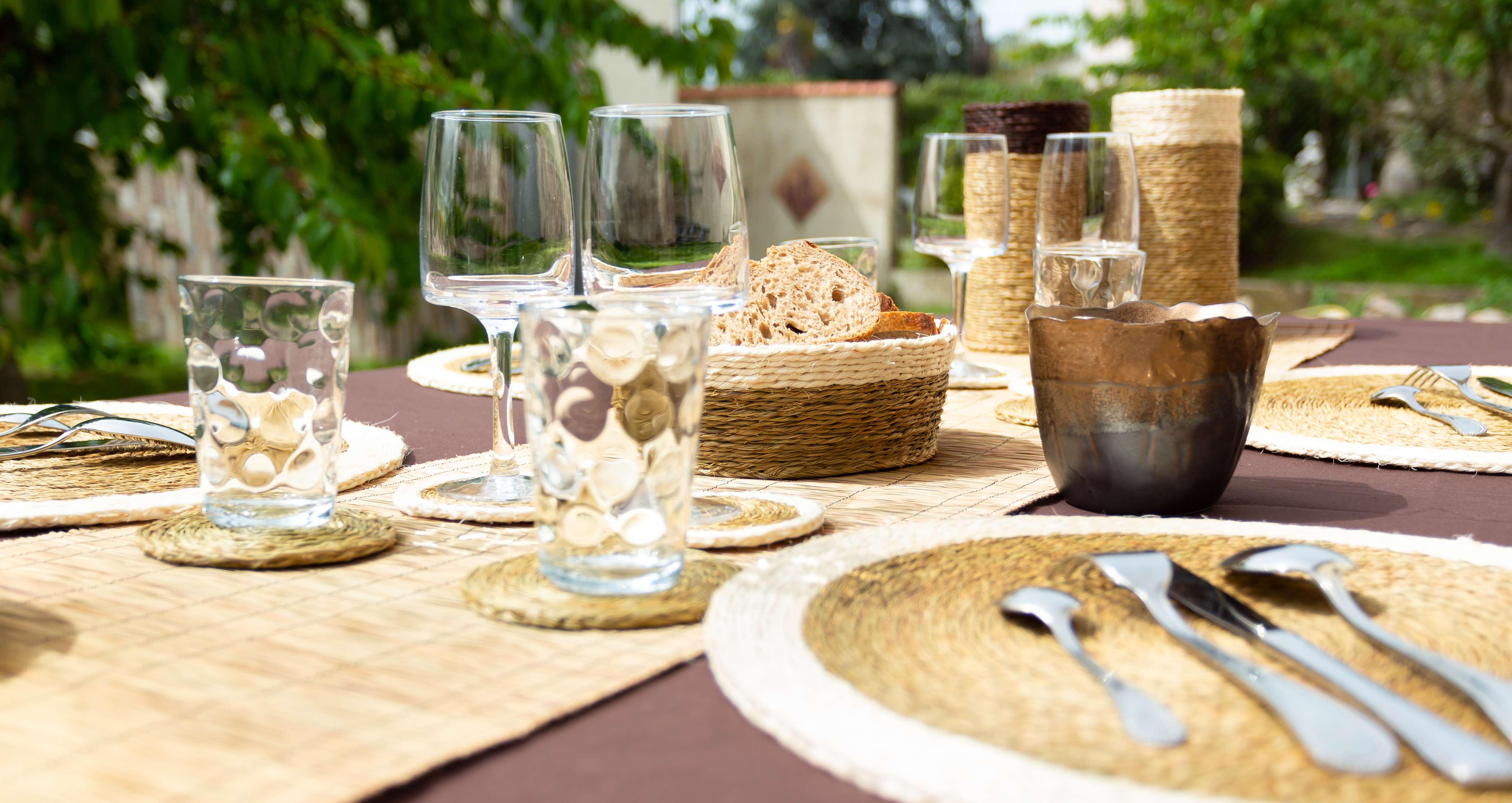 set table tabac blanc en lutindzi tress e fait main eco design eswatini souffle d 39 afrique